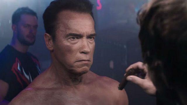 Arnold Schwarzenegger comercial WWE