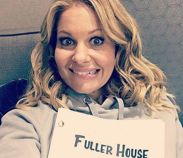 Candace Cameron Bure no set de Fuller House