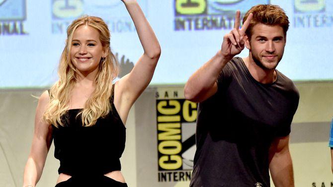 Jennifer Lawrence e elenco de Jogos Vorazes na Comic-Con