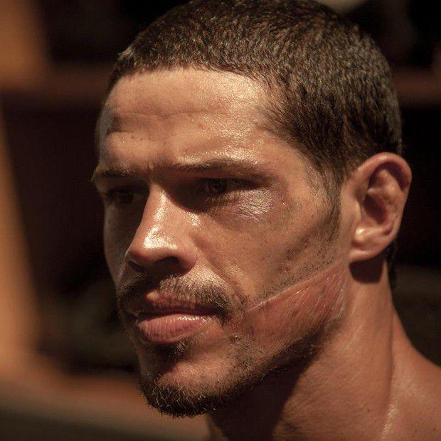 Jose Loreto como Jose Aldo
