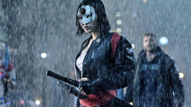 Karen Fukuhara como Katana em Esquadrão Suicida