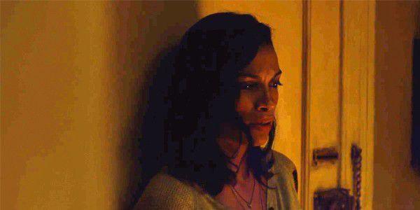 Rosario Dawnson como Claire Temple em Demolidor.