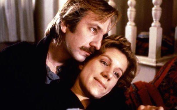Um Romance de Outro Mundo (1990)