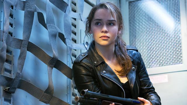 Emilia-Clarke-em-o-exterminador-do-futur
