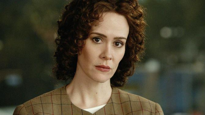 Marcia Clark (Sarah Paulson) em American Crime Story