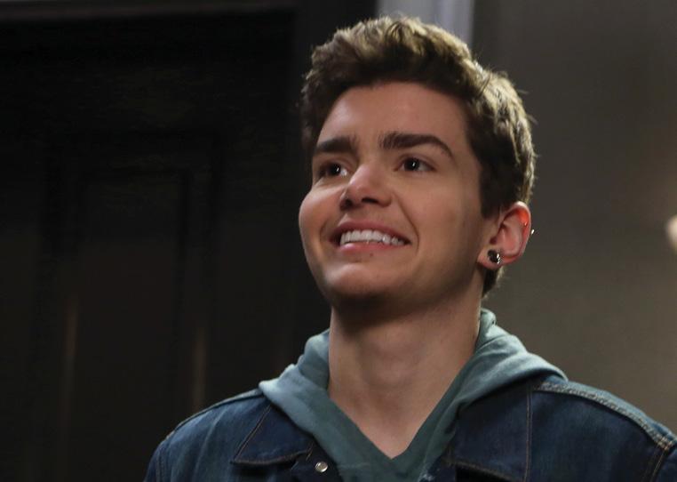 Elliot Fletcher, ator trans da terceira temporada de Faking It