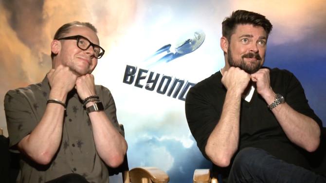 Simon Pegg e Karl Urban divulgam Star Trek: Sem Fronteiras