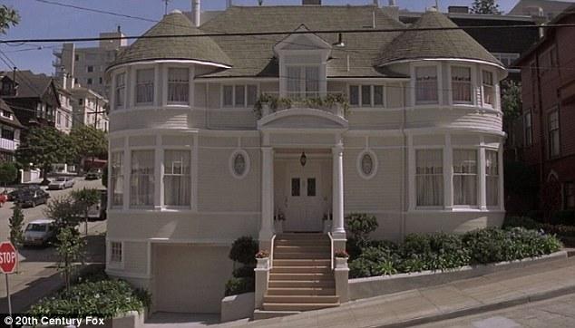 Casa Do Filme Uma Babá Quase Perfeita, Com Robin Williams, Está à Venda