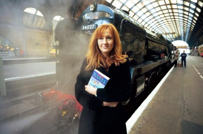 J.K. Rowling em Kings' Cross