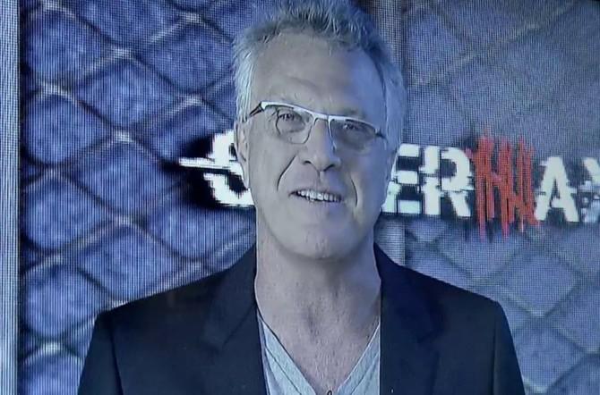 Pedro Bial em cena de Supermax