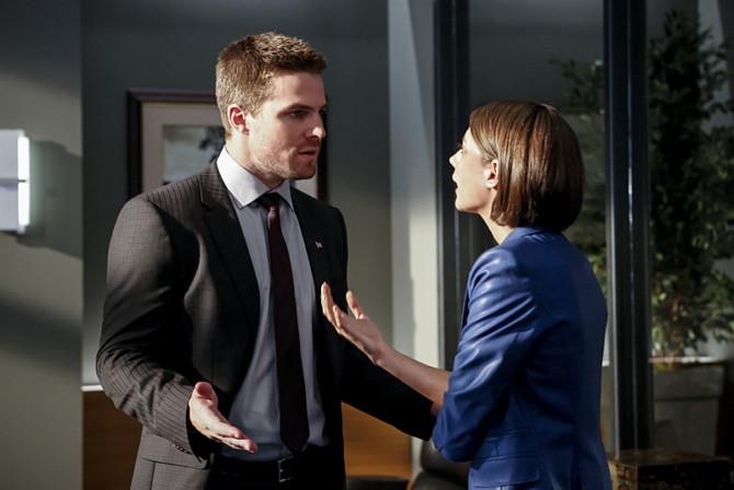 Thea e Oliver em Arrow