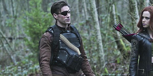 Michael Rowe como Pistoleiro em Arrow