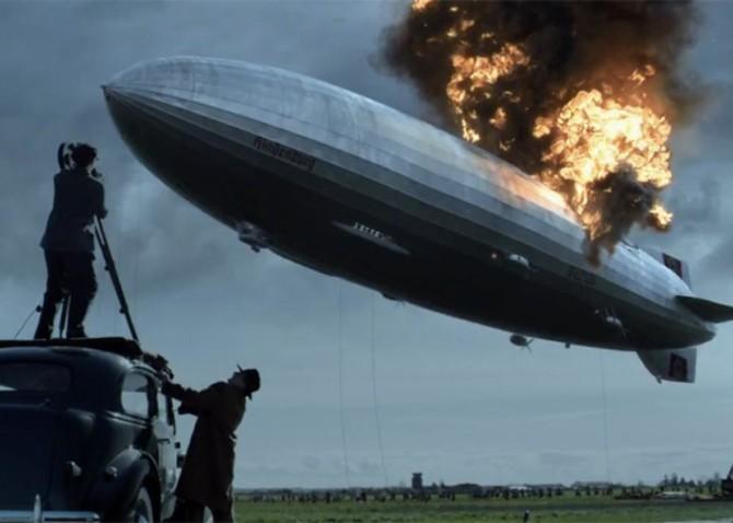 O Hindenburg explodindo em Timeless
