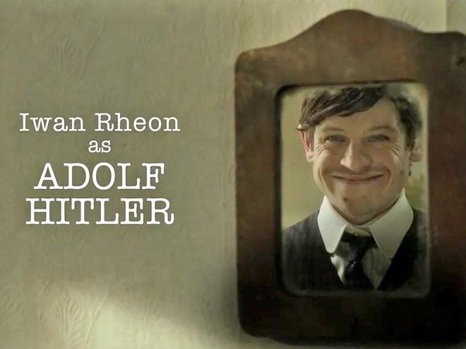 Iwan Rheon como Hitler