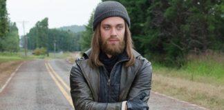 Tom Payne como Jesus
