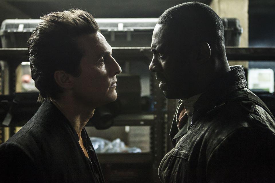 Pistoleiro e Homem de Preto no novo cartaz de 'A Torre Negra'