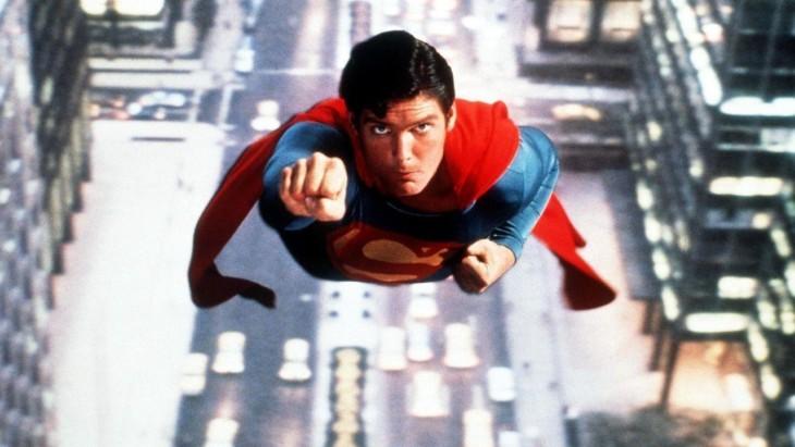 Christopher Reeve como Superman, no filme de 1978.