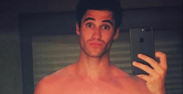 Ex-ator de Glee posta nude e deixa fãs enlouquecidos