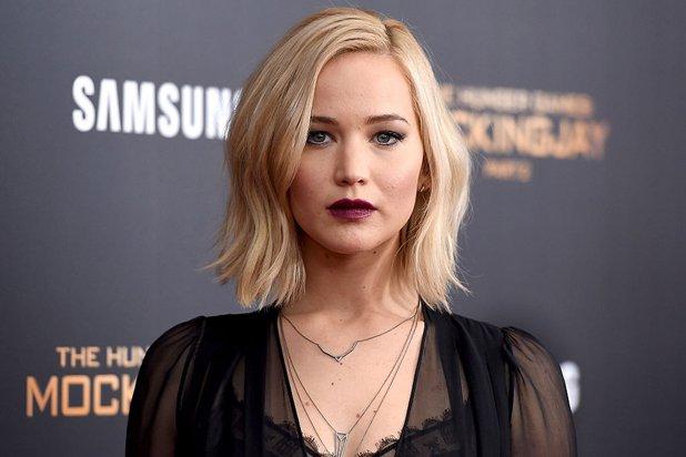 Jennifer Lawrence ameaçada com demissão ao