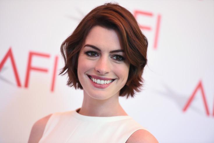 Fotos íntimas de Anne Hathaway vazam na web