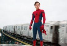 Tom Holland como Homem-Aranha.
