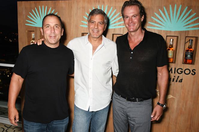 George Clooney vendeu a sua empresa de tequila