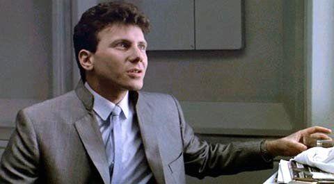 Paul Reiser em cena de Aliens, O Resgate, dirigido por James Cameron