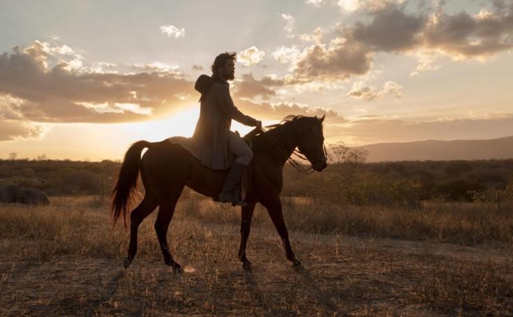 Netflix divulga teaser de seu primeiro filme original brasileiro — O Matador
