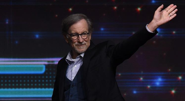 Steven Spielberg no painel da Warner