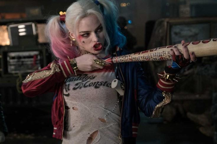 Margot Robbie como Arlequina em Esquadrão Suicida.