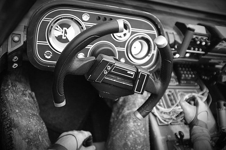 Han-Solo-movie-speeder-car-photo