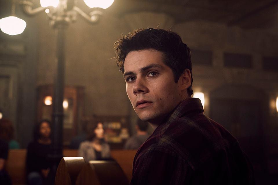Dylan O'Brien como Stiles
