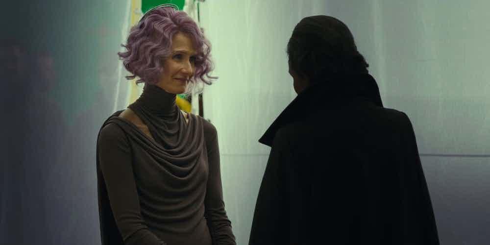 Laura Dern como Holdo em Os Últimos Jedi.