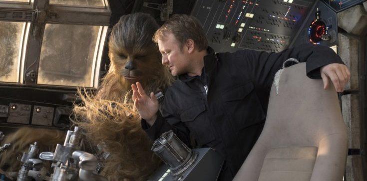 Rian Johnson no set de Os Últimos Jedi