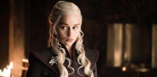 Emilia Clarke em Game of Thrones
