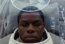 Finn (John Boyega), em Os Últimos Jedi.