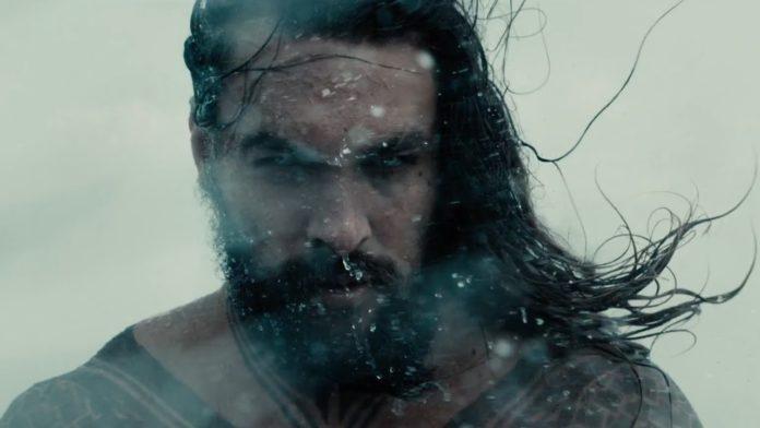 Jason Momoa como Aquaman.