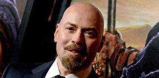 O diretor Steven DeKnight, ex-produtor de Demolidor.