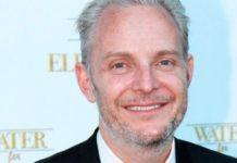 O diretor Francis Lawrence irá dirigir a série See.