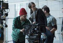 Matthew Lloyd (de touca e barbudo) será o diretor de fotografia de Homem-Aranha 2.