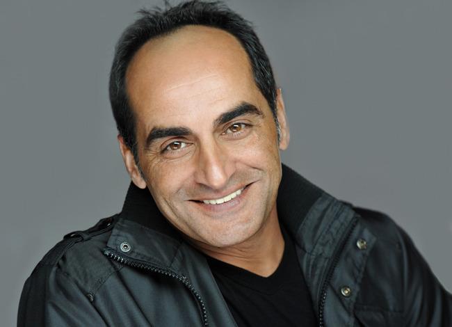 Navid Negahban, ator de Homeland, será o vilão Rei das Sombras na segunda temporada de Legion.