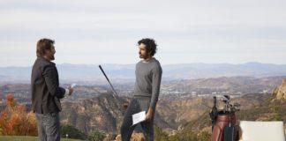 Dev Patel e Javier Bardem em campanha publicitária