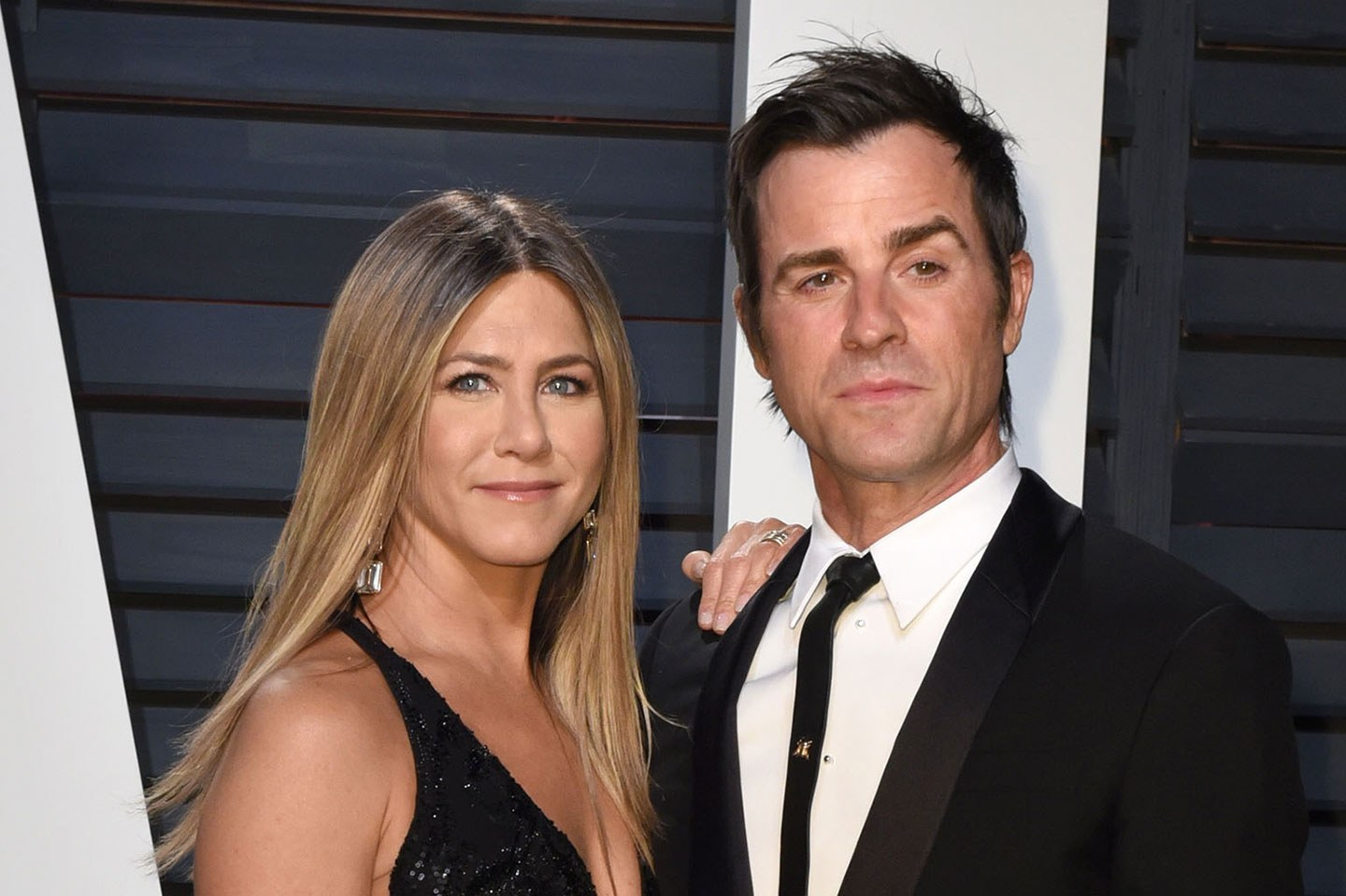 Jennifer Aniston e Justin Theroux anunciam o divórcio