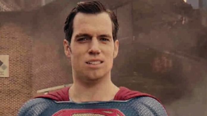superman-696x392.png