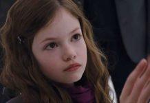Renesmee (Mackenzie Foy) em Amanhecer: Parte 2.