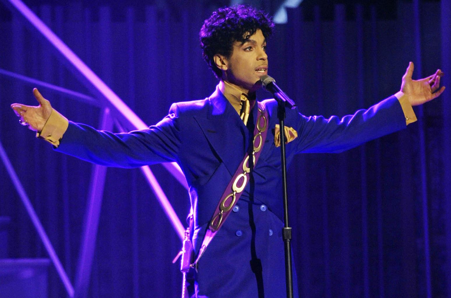 Resultado de imagem para Prince cantor netflix