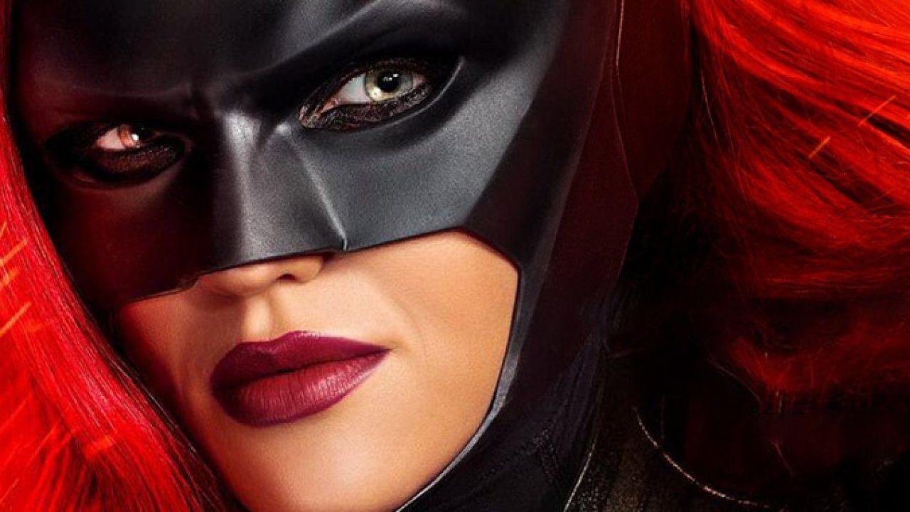 Heróis e vilões são apresentados em novo trailer de Batwoman