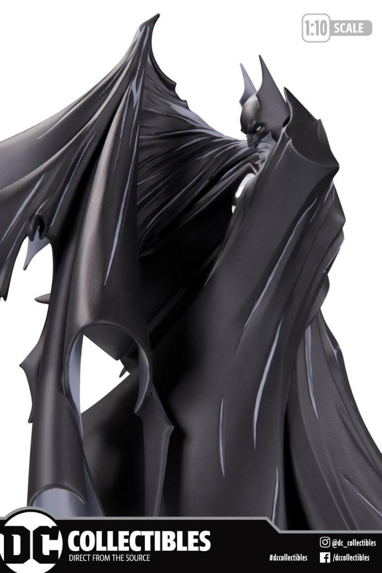mcfarlane-batman-2.jpg