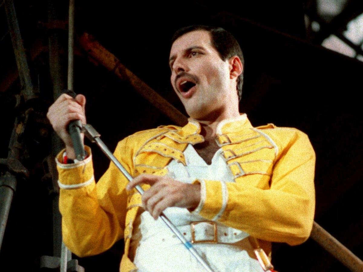 Freddie Mercury é superado por Robin Williams como celebridade mais querida