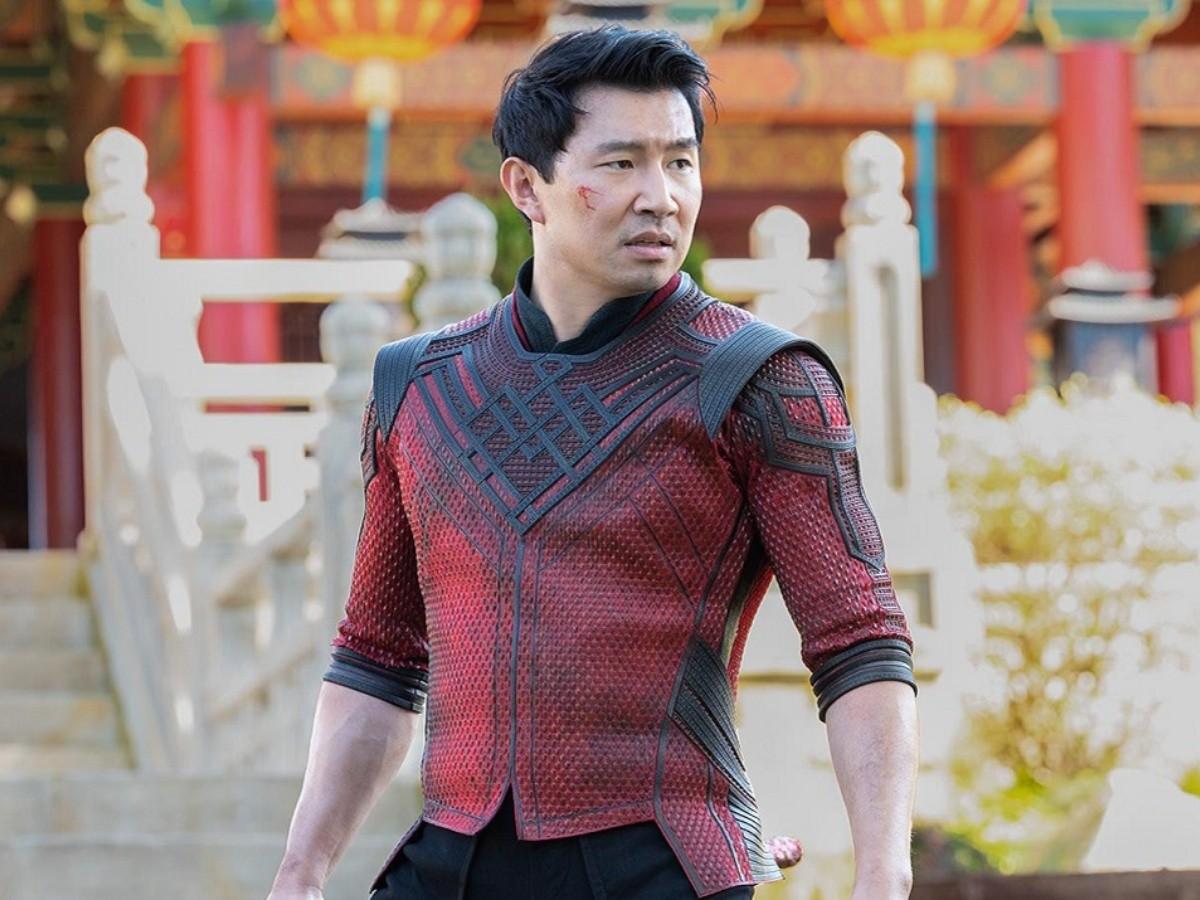 Shang-Chi encara o destino em novo teaser da Marvel